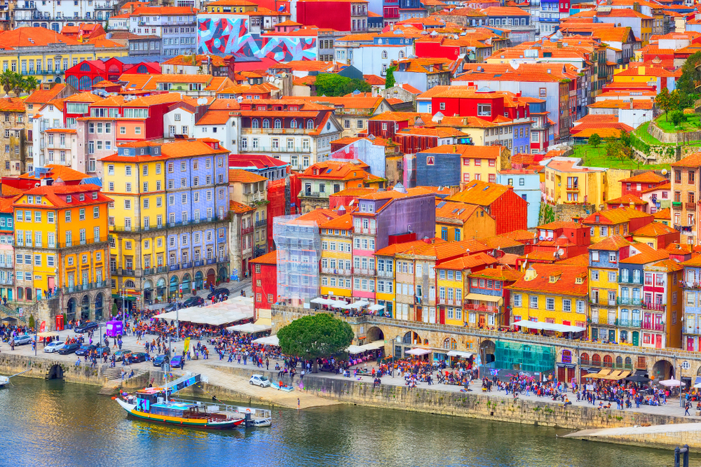 Douro River Cruise & Train to Porto