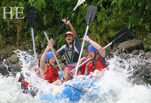 Welcome to Costa Rica's Pacific Coast – white water rafting here we come!