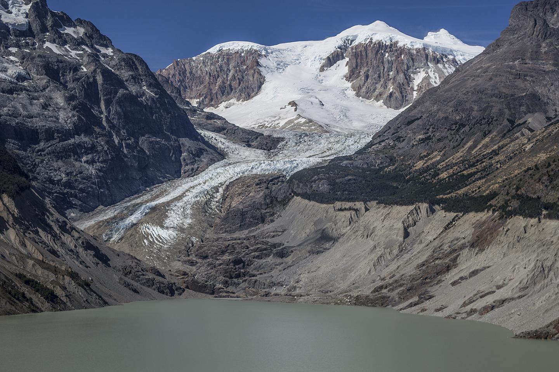 El dramático retroceso del glaciar Calluqueo, Monte San Lorenzo.