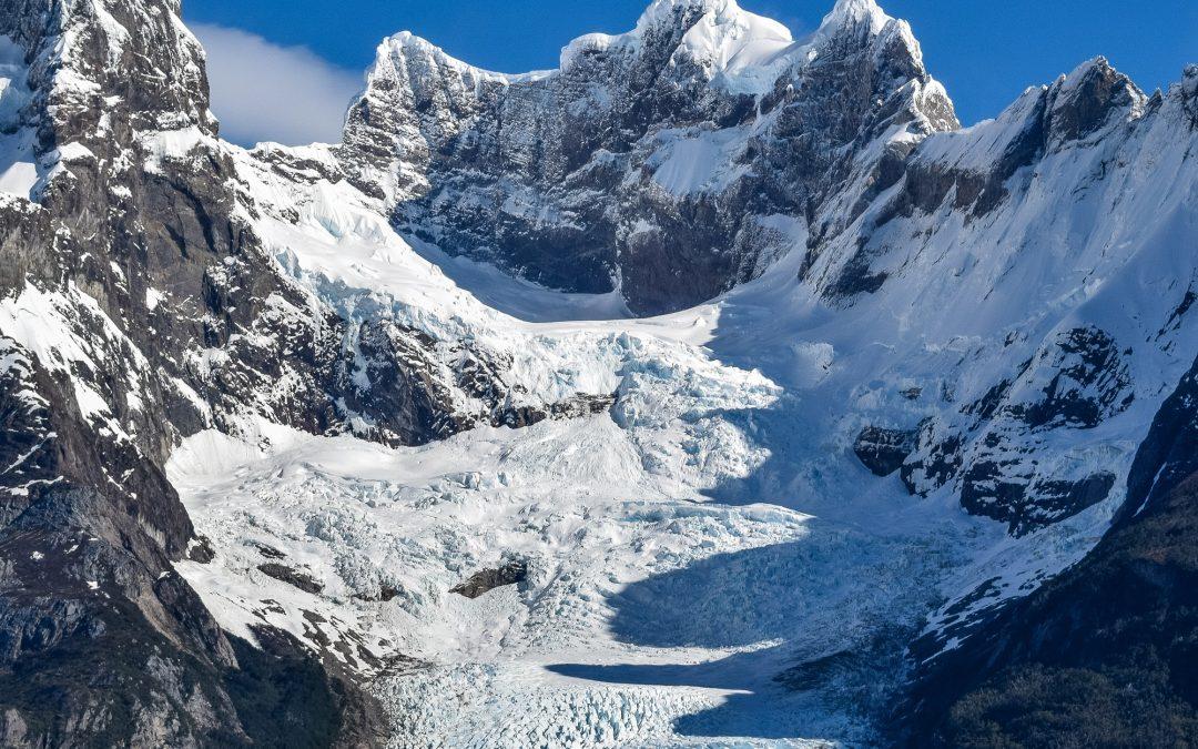 La precipitación juega un papel fundamental en cómo los glaciares esculpen su entorno