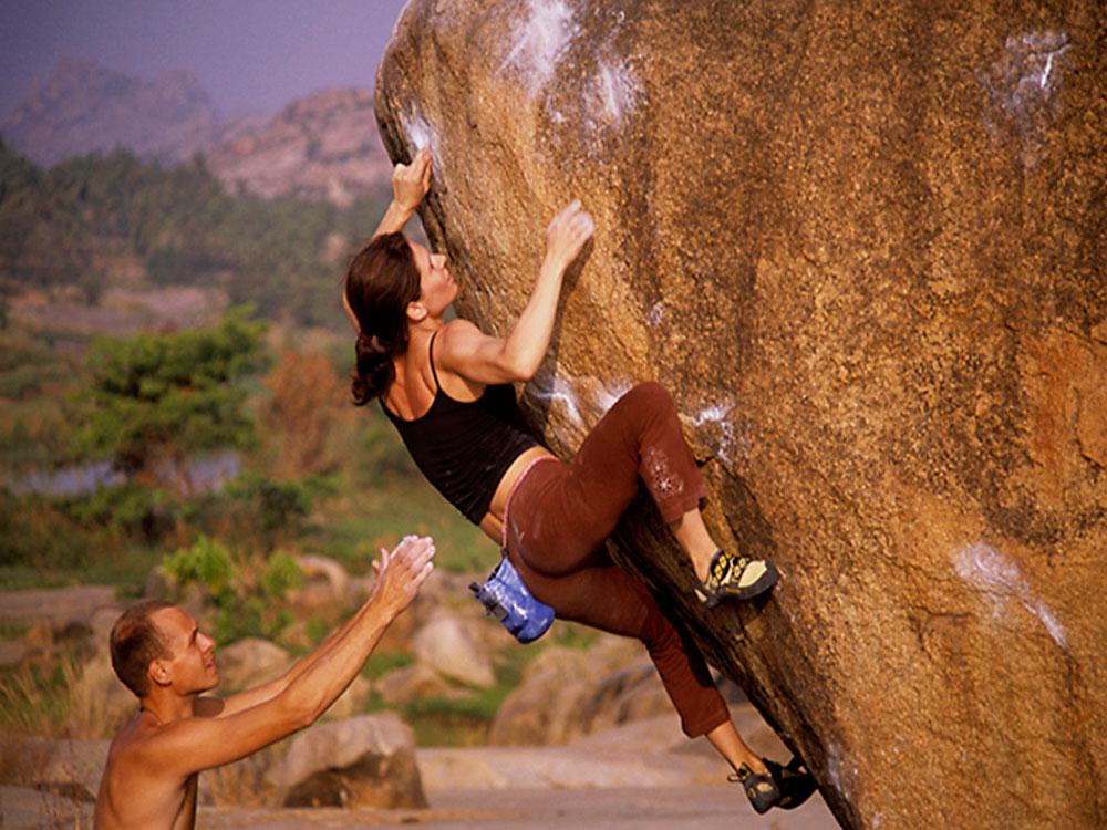Bouldering-Hampi