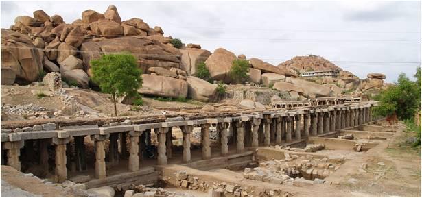 Lesser-Known-Ruins-Hampi