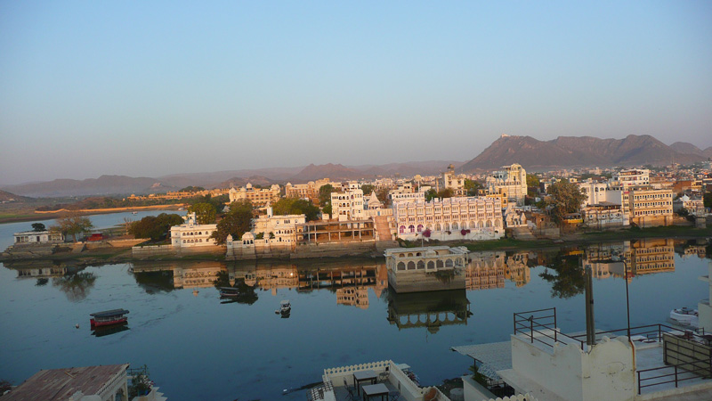 Udaipur Lake View - Pinkitron