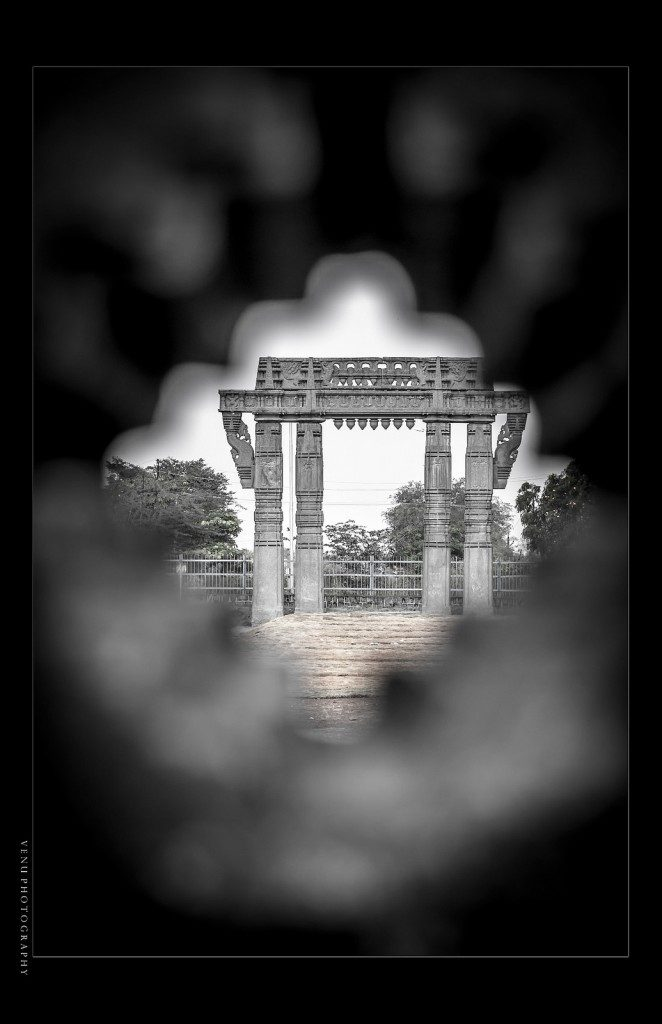 A perspective of Warangal Fort Picture Courtesy: Vinu Photography