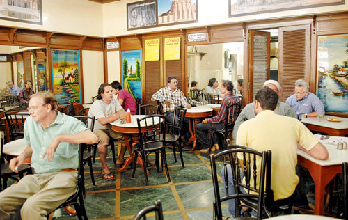 Sassanian Boulangerie in Mumbai, is a popular Irani cafe that just turned a 100 years old! http://food.ndtv.com/food-drinks/mumbais-iconic-iranian-restaurant-sassanian-turns-100-693101