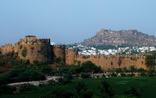 Golconda-Fort-tiny