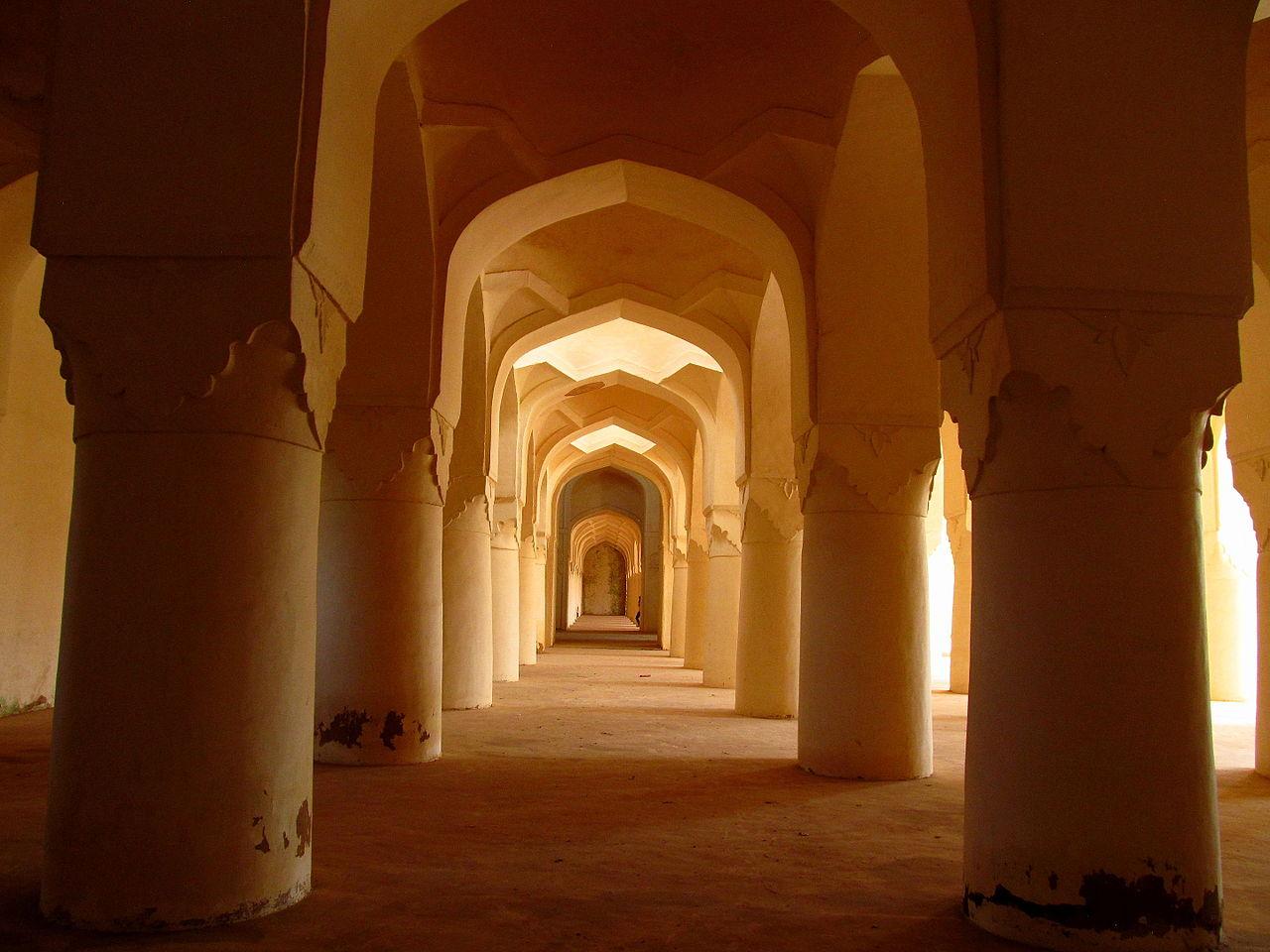 Sola Khamba Mosque - Inside Perspective