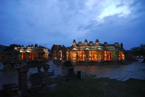 Vittla-Temple-at-night-Aparajith