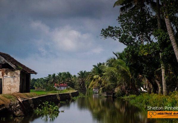 kumarakom backwater houses