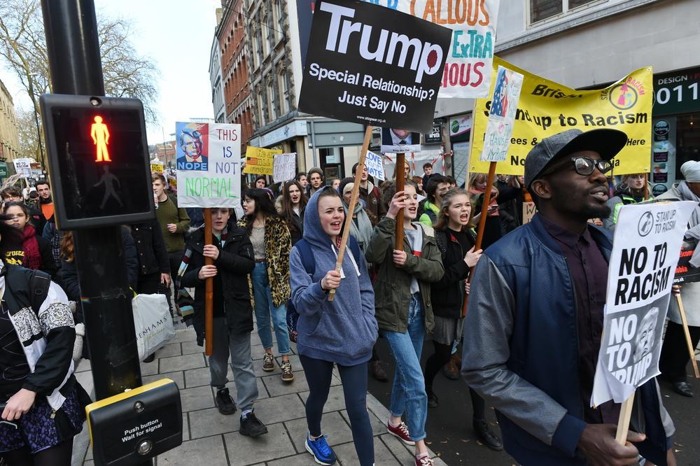 people protesting trump
