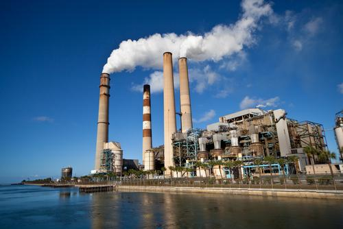 Delaware consumes primarily fossil fuels