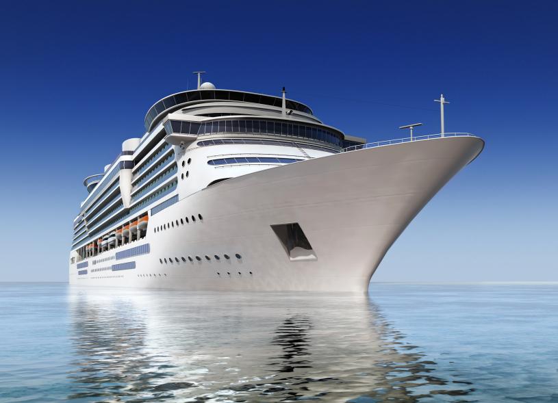 iStock_CruiseBoatSmall