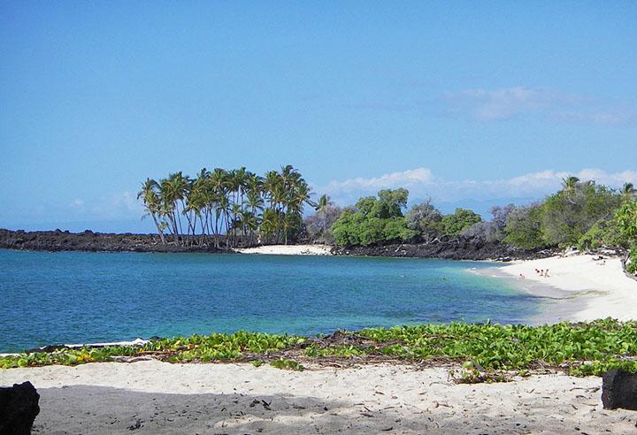Calm Beaches In Big Island