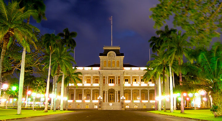 Iolani Hawaii S Royal Palace On Oahu Hawaii Com