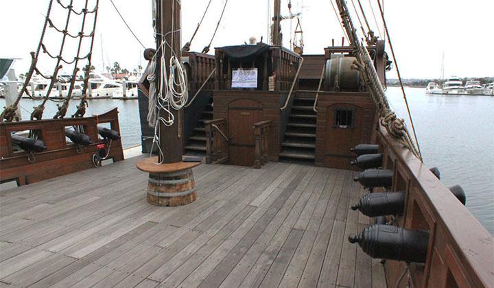 Hawaii Pirate Ship Adventures Hawaiicom - Pirate ship cruise hawaii