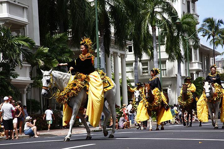 Aloha Festivals Floral Parade   Hawaii.com