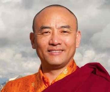 Anyen Rinpoche
