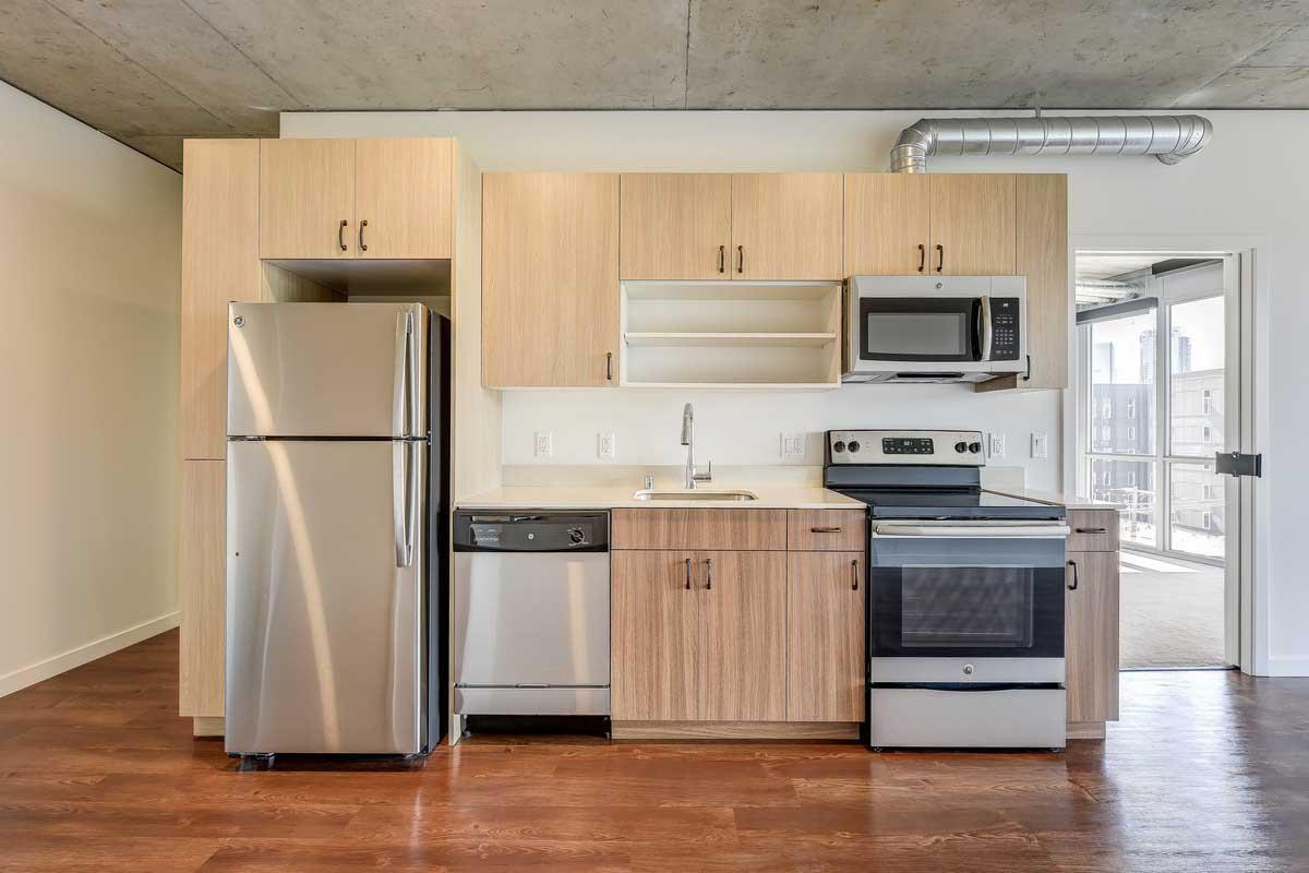 $850/mo Single Room in Beautiful Seattle Luxury Apartment photo