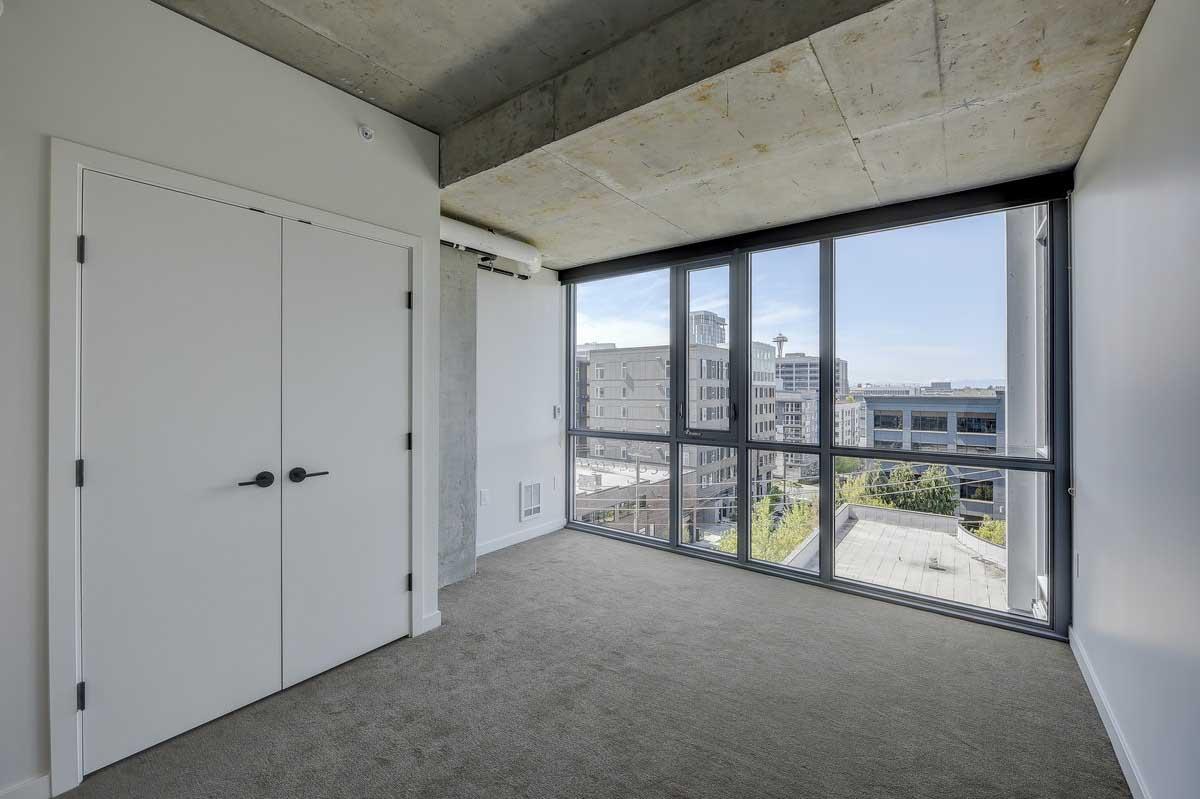 $850/mo Single Room in Beautiful Seattle Luxury Apartment