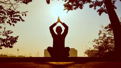 Why You Should Start Meditation This Year
