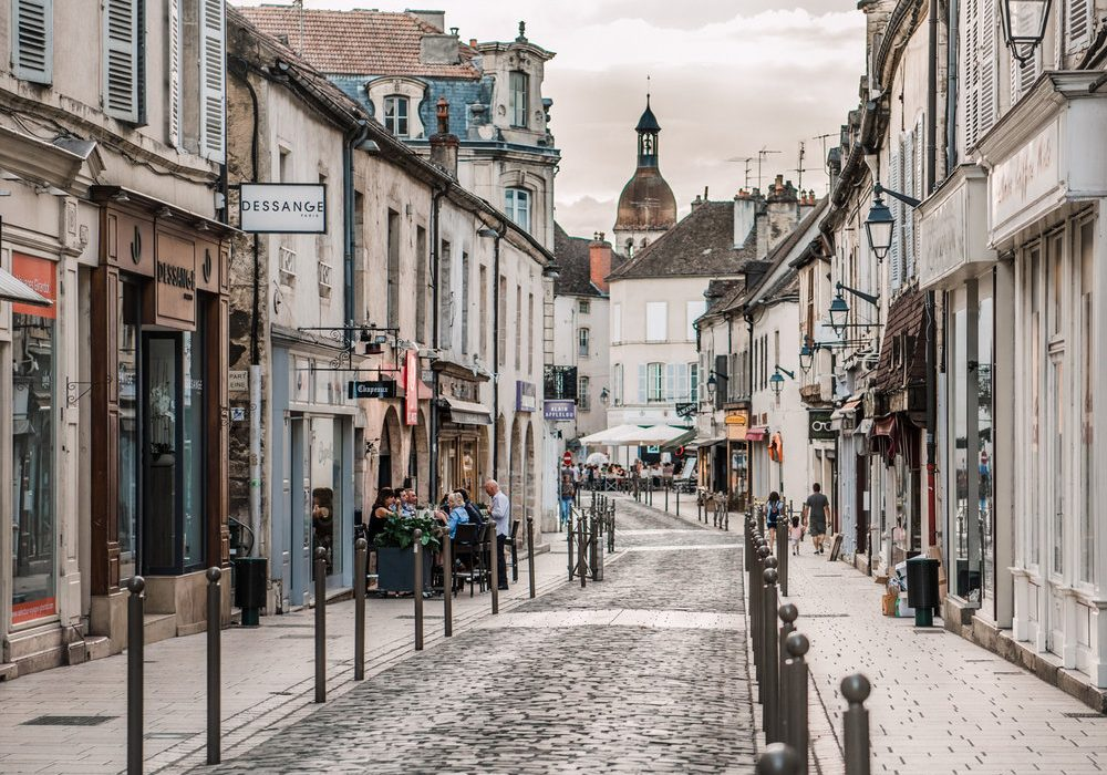 Beaune, France: One day on our Roadtrip from Paris to Avignon.