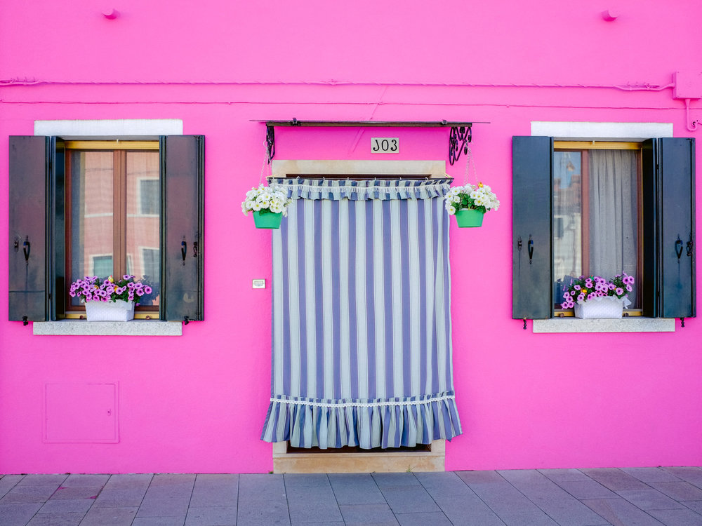 A very pink building we photographed with the Fujifilm x100t.
