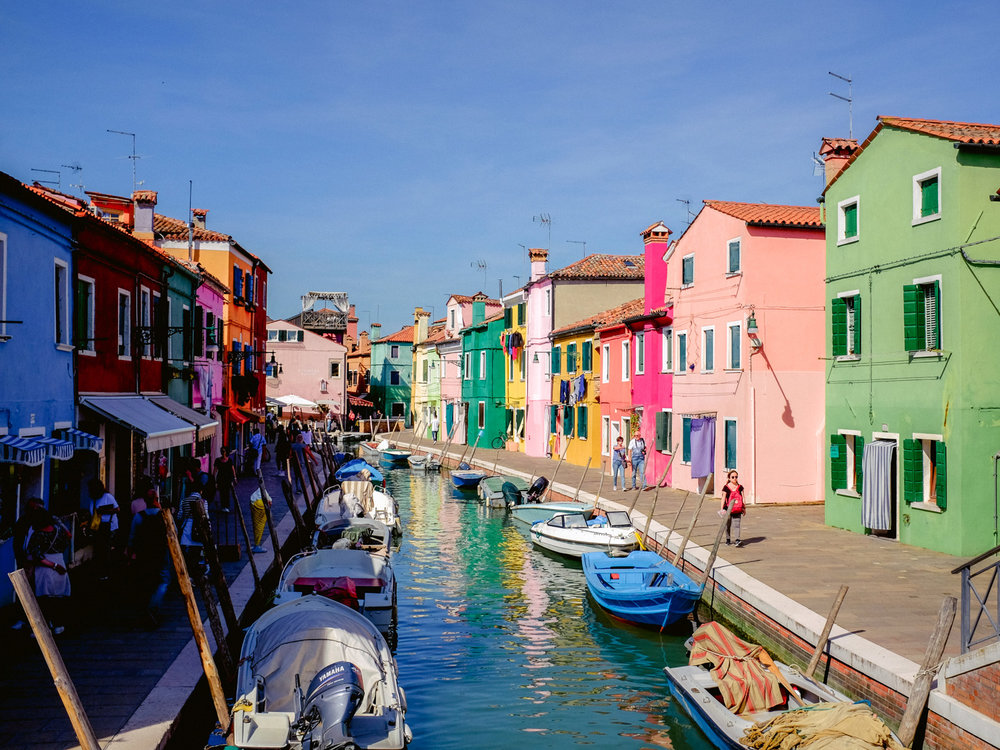 We used our Fujifilm x100t to capture colorful photos of Burano.