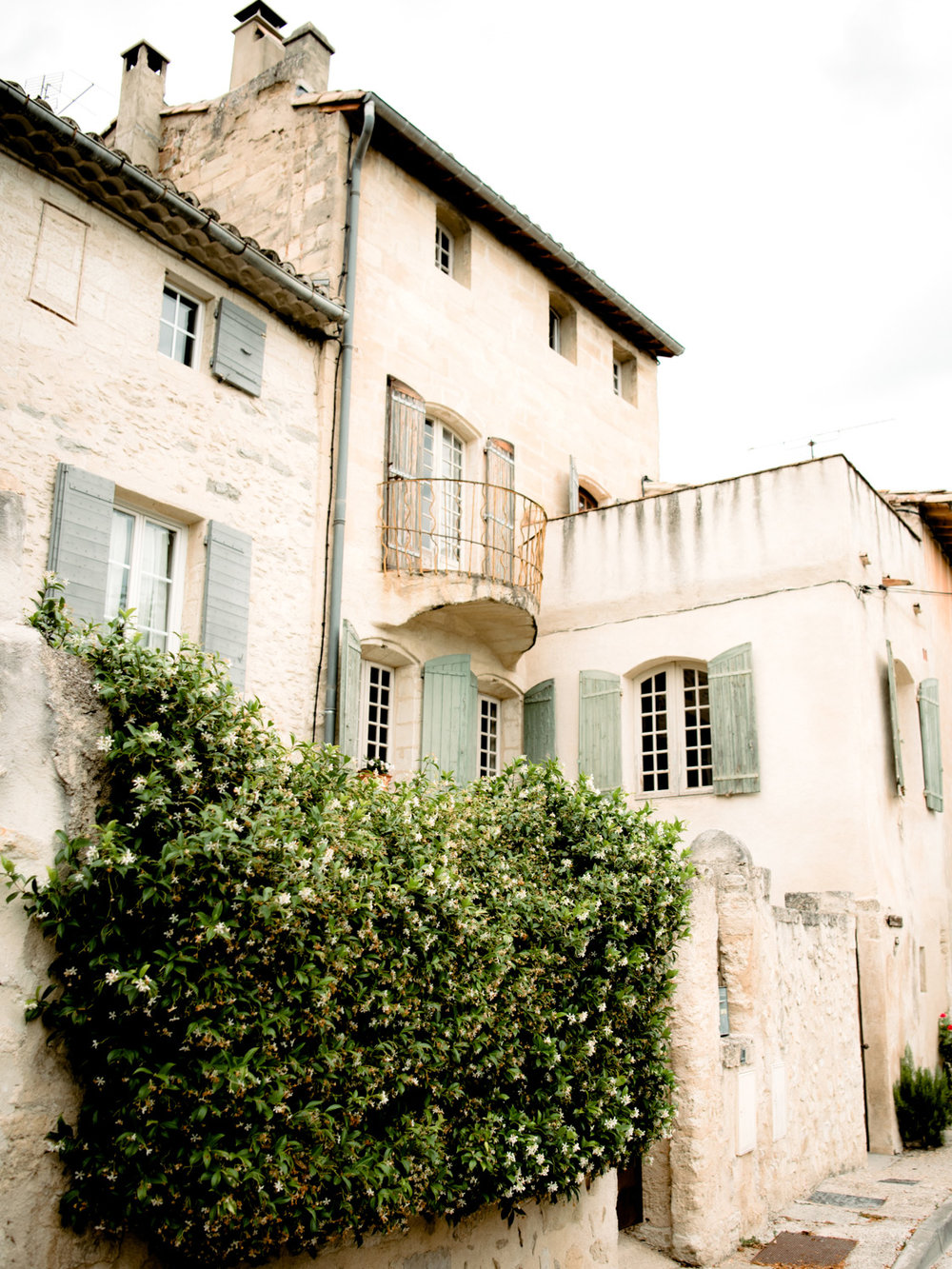 Old buildings with a balcony in Villeneuve-lès-Avignon, near Fort Saint-Andre
