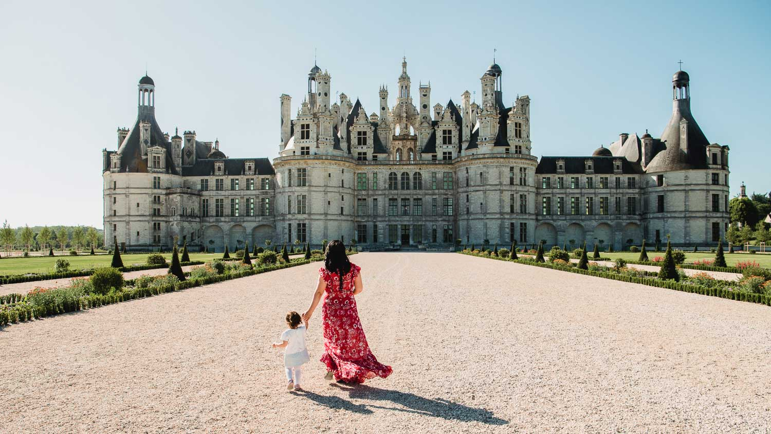 Inspired partly by the amazing race, our slow travel journey took us to chateau chambord.