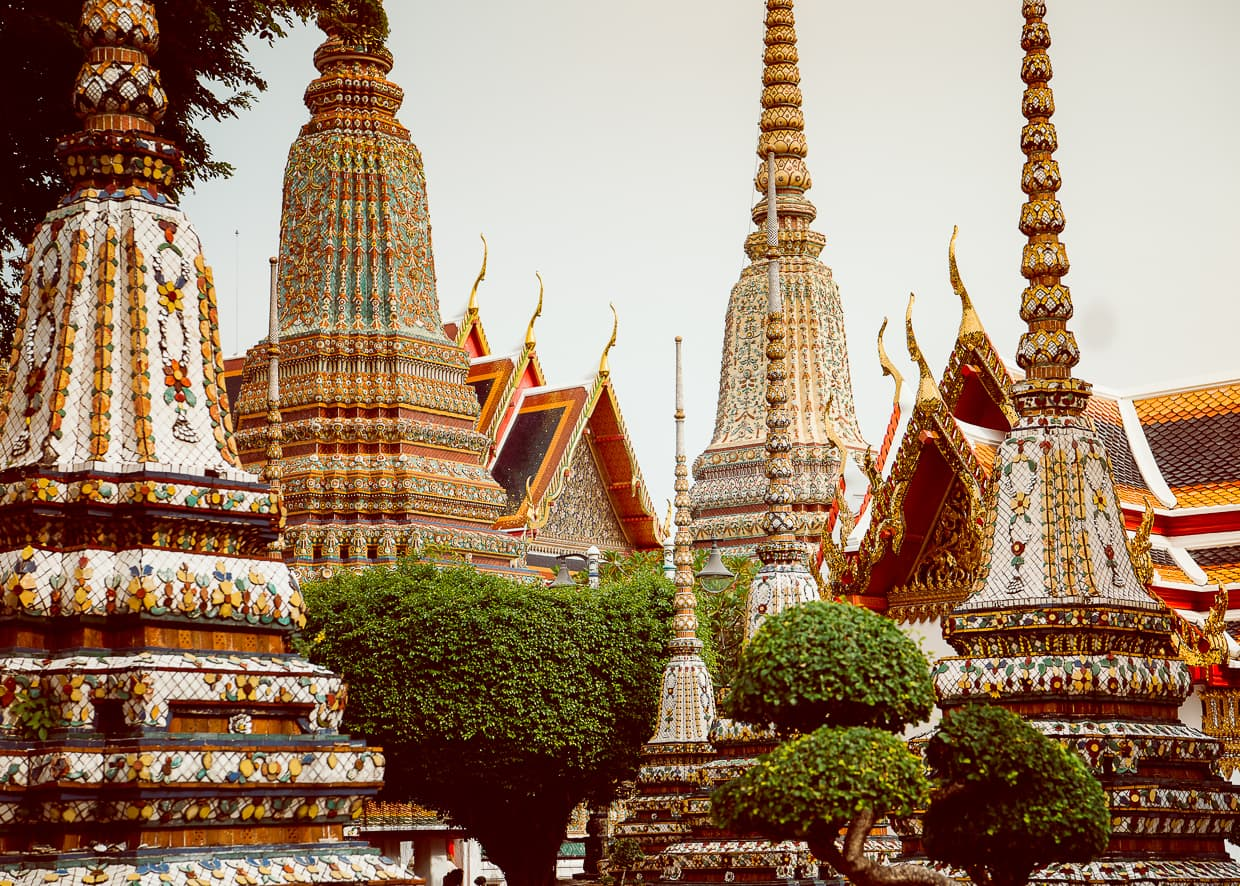 The great chedis at Wat Pho tower over the temple.