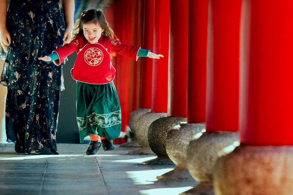 Little girl playing in Mufu Palace.