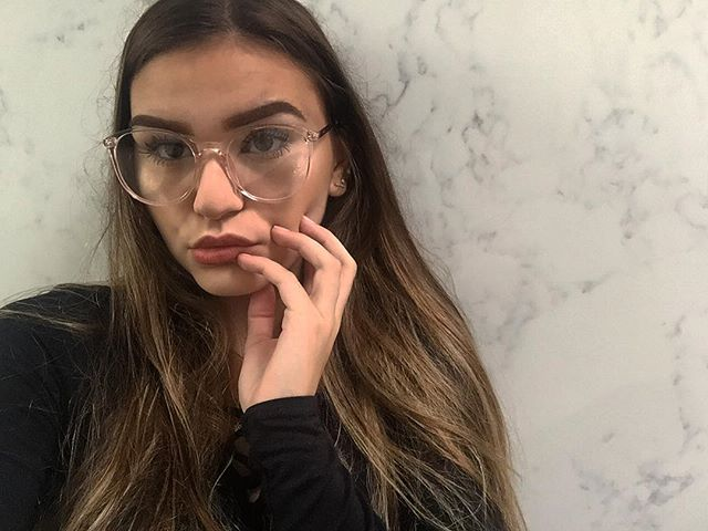 97bd85a295 30 Clear Glasses Frame Which Are On Trend This Fall