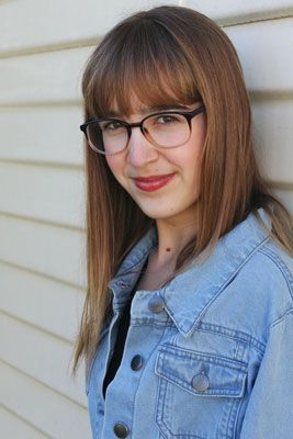 30 Styles Of Glasses Frames For Teen Girls