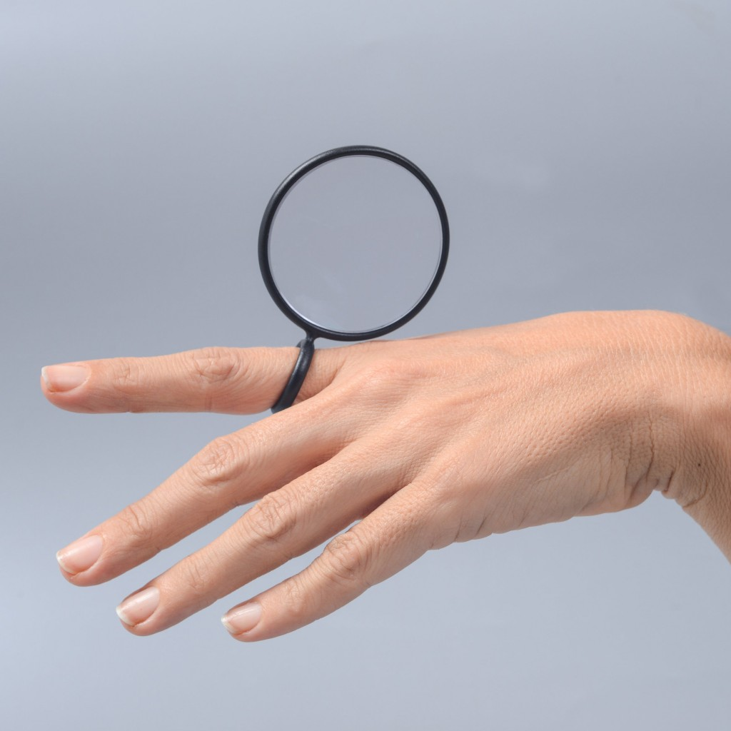 touch-lenses-design-overview-eyewear-exhibition-design-museum-holon_dezeen_sq