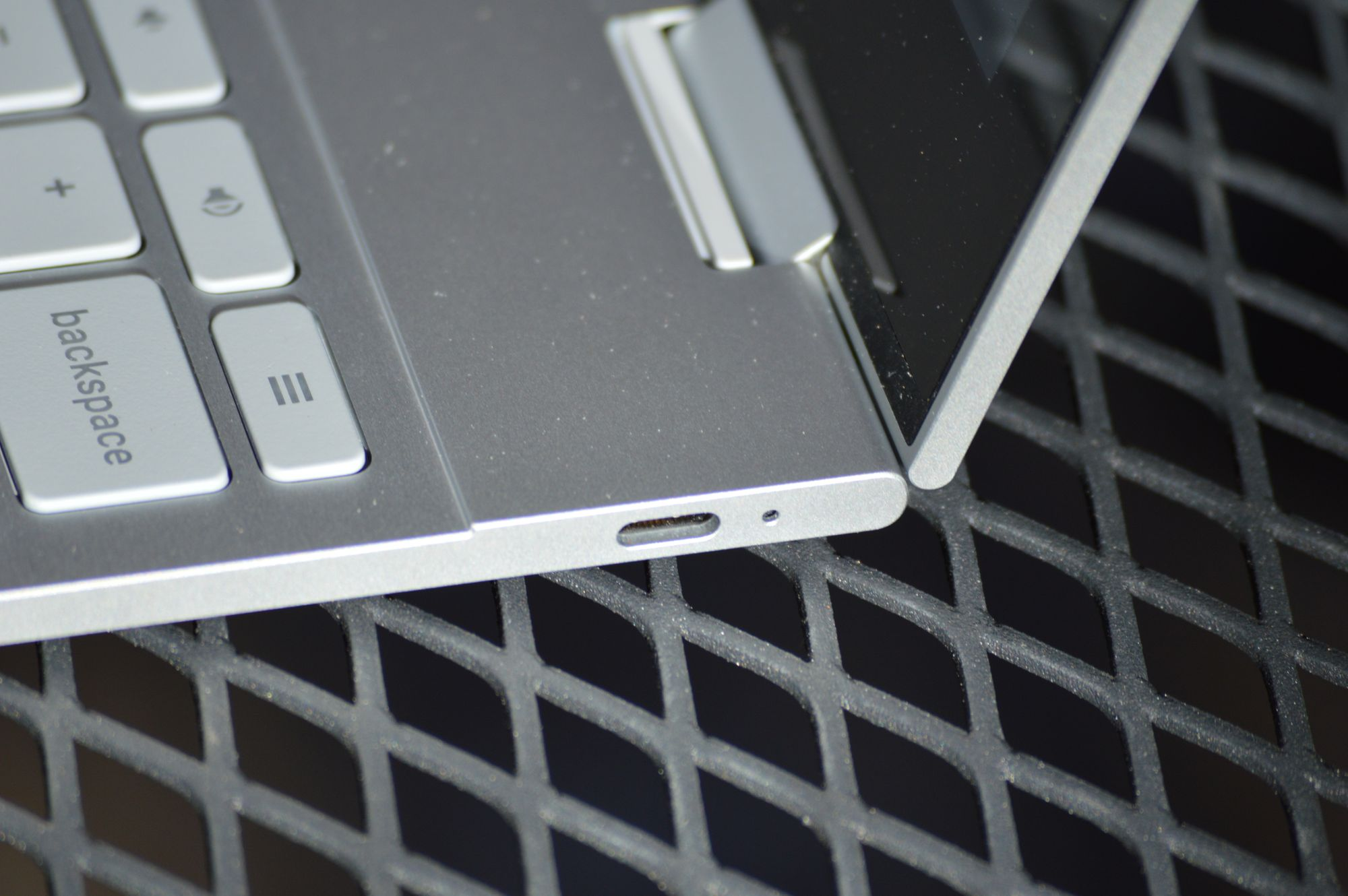A Review of the Google Pixelbook for Coding and Development