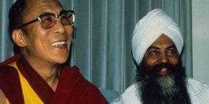 yogi-bhajan-and-dalai-lama