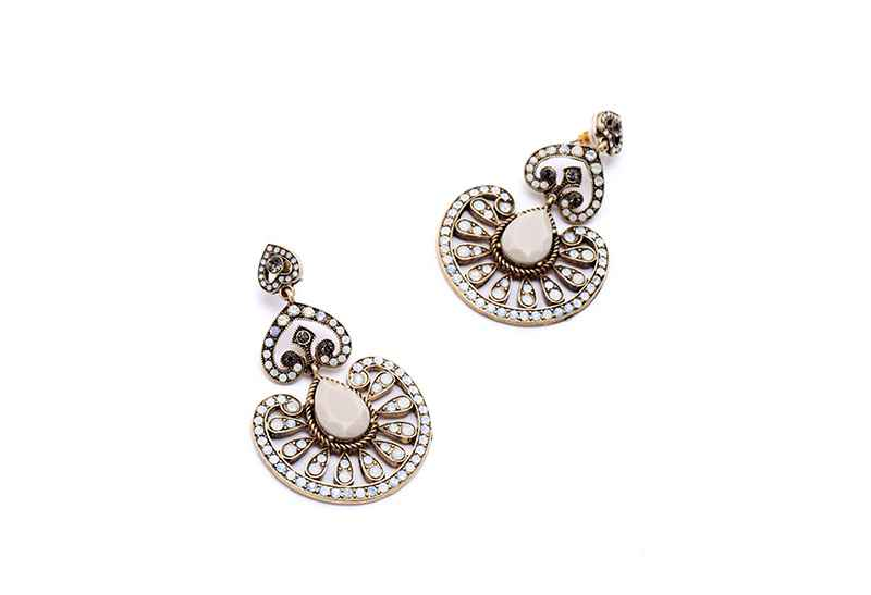 Avery and May Statement Collection Warrior Queen s Earring