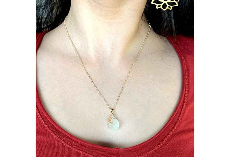 Avery and May Debutante Collection Eternity Wheel Necklace Small Necklace