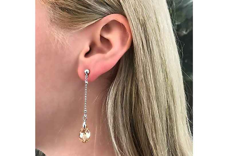 Avery and May Debutante Collection Teardrops Of Gold Earring