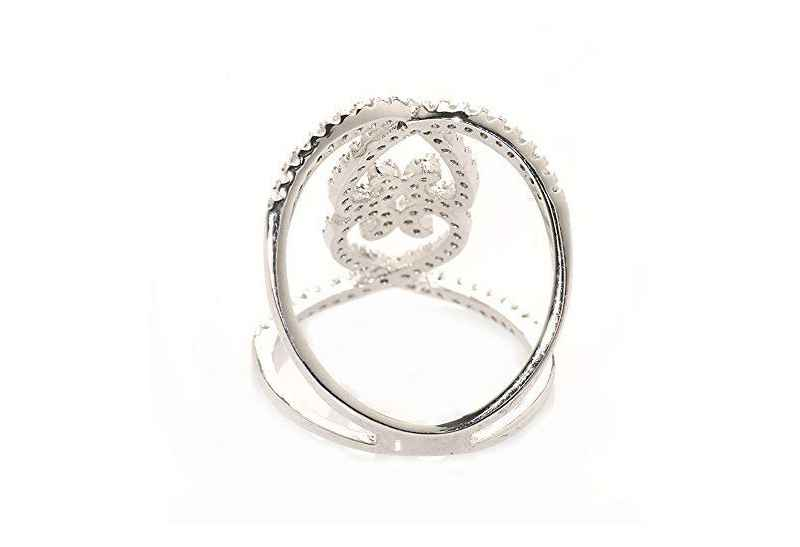Avery and May Debutante Collection Love Me Knot Ring