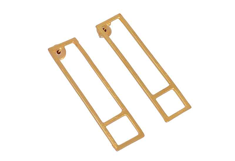 Avery and May Geometric Stretched Square Earring