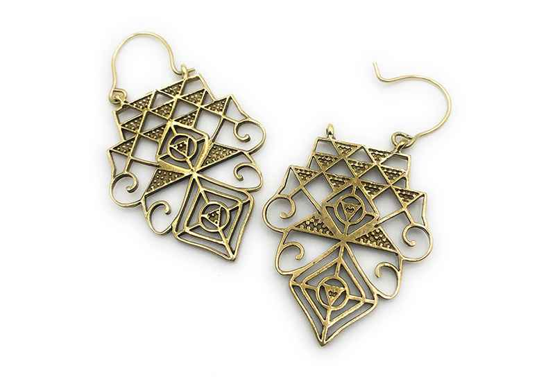 Avery and May Geometric Handmade Temple Filigree s for Women, Gold Color Earring