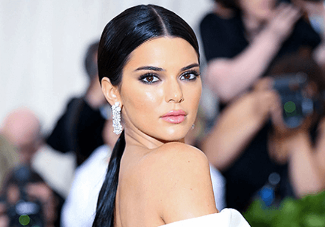 photos and pictures of Kendall Jenner