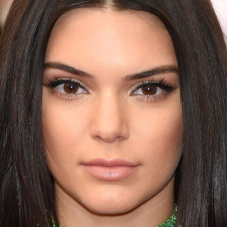 kendall jenner face pic