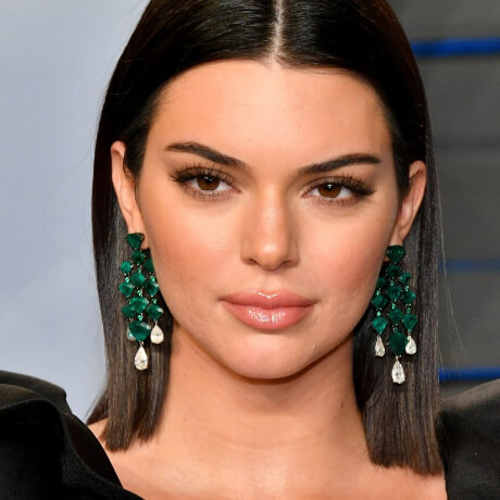 zoom face of kendall jenner