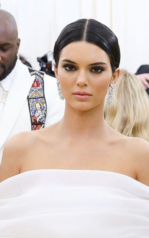 pics of kendall jenner met gala dress