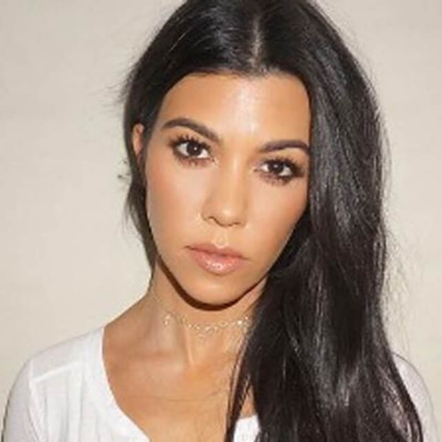 kourtney kardasian famou face