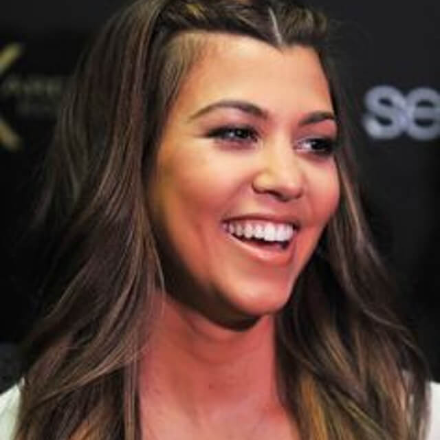cute face of kourtney kardashian