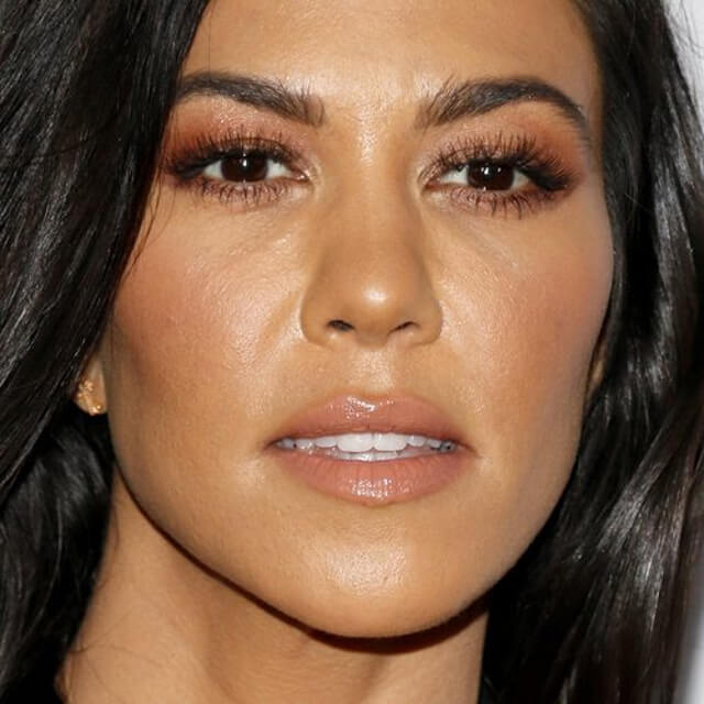 kourtney kardashian face pics