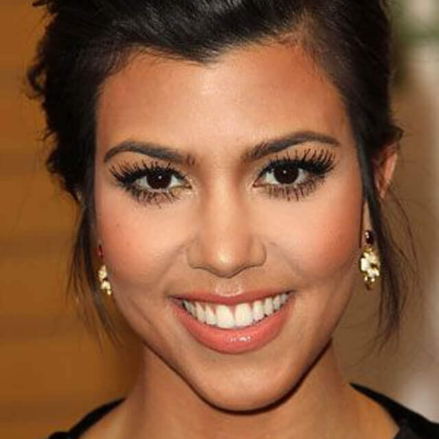 makeup of kourtney kardashian